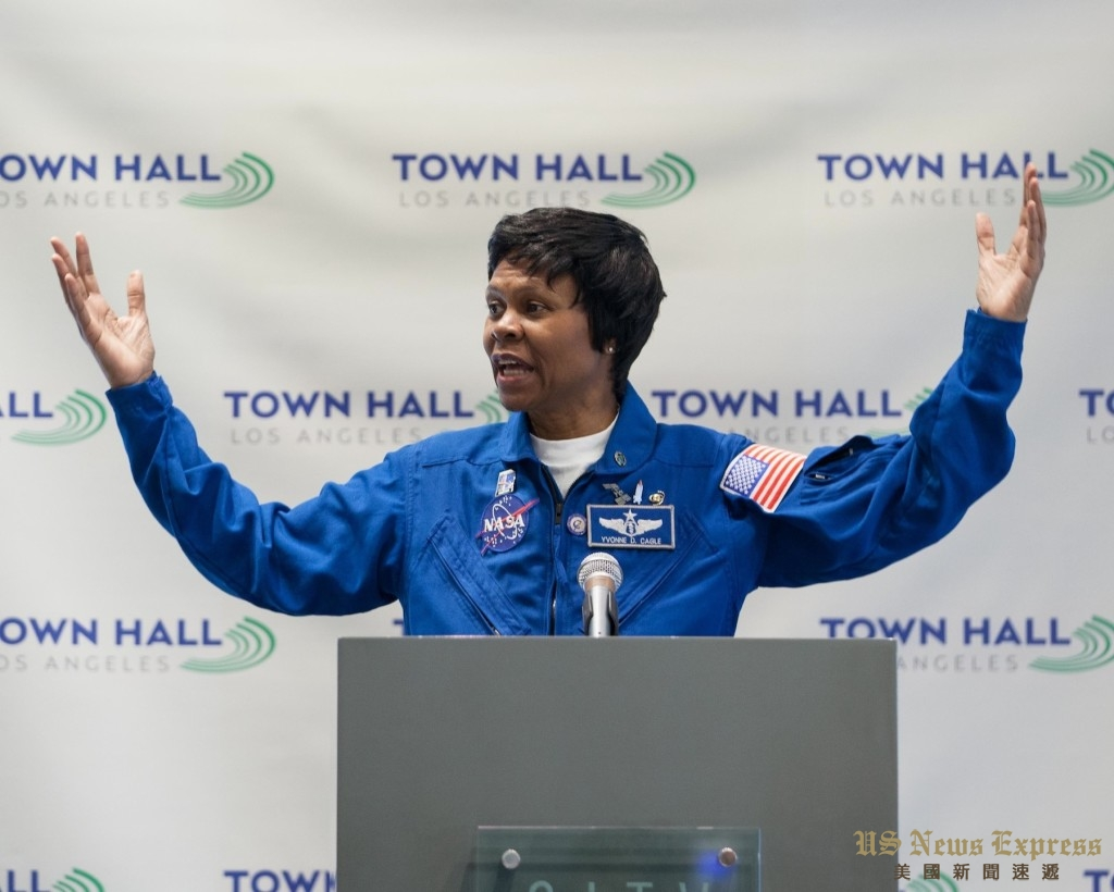 现年56岁的卡格尔是美国历史上为数不多的非裔女宇航员之一。庞可阳摄