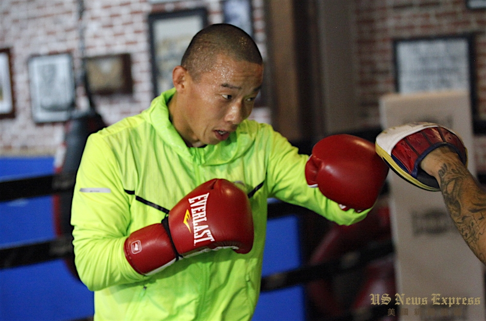 杨连慧表示会身背华人期望不断前行。庞可阳摄